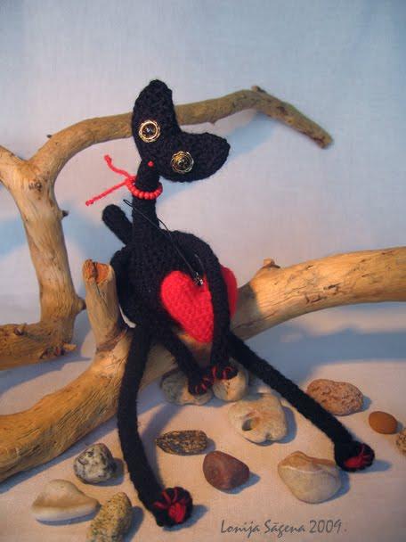 tamborēts melns kaķis,garkakla kaķis,lofonsa