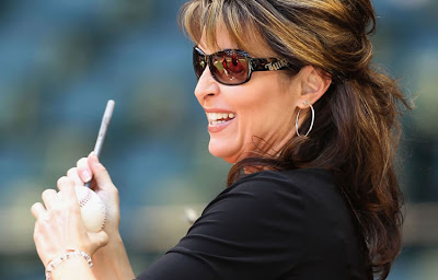 Sarah Palin not wearing her wedding band. Sarah Palin juicy and on the prowl.