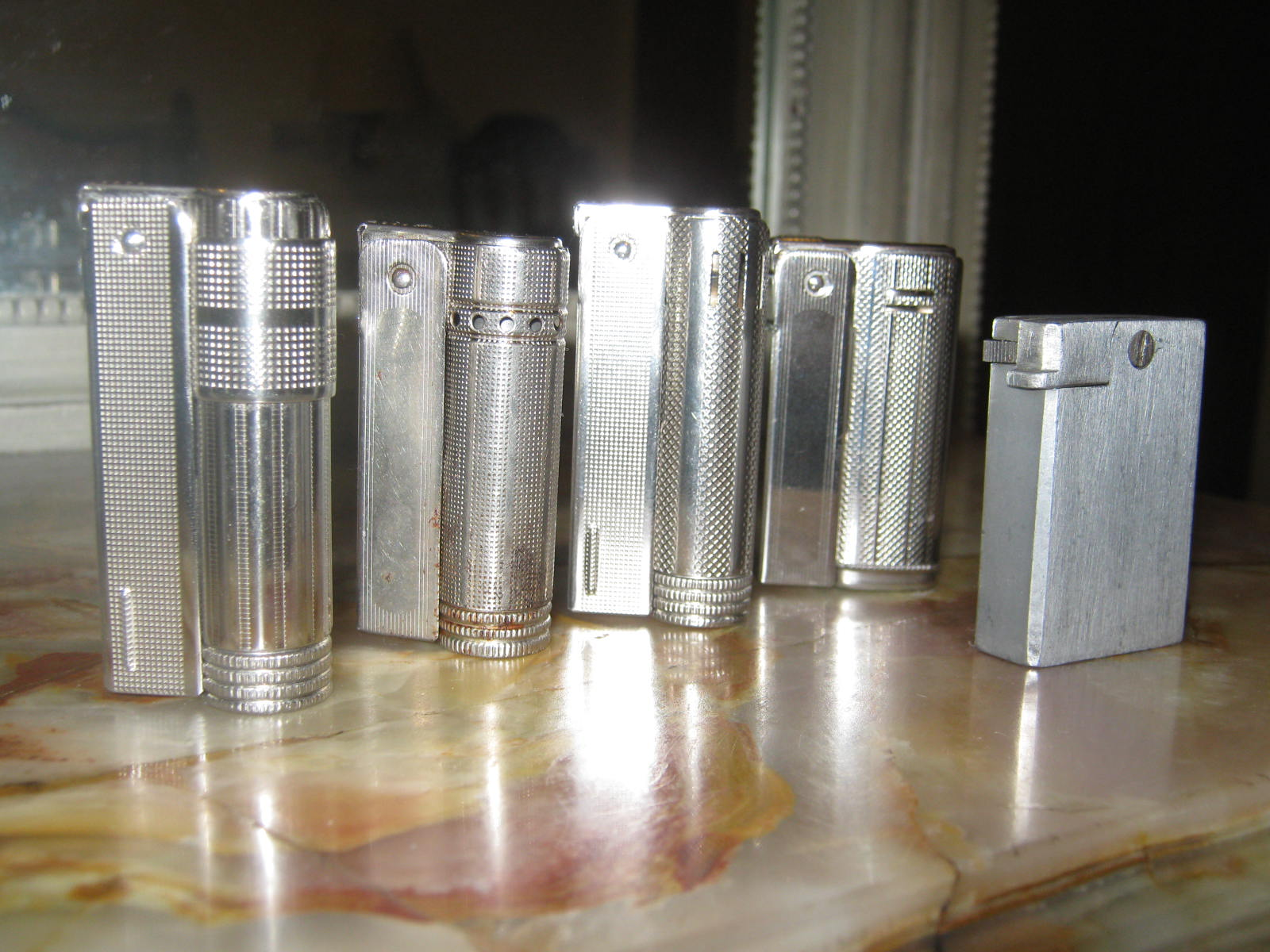 SURVIVING IN ARGENTINA: IMCO Lighters