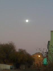 La luna de por mi casa...