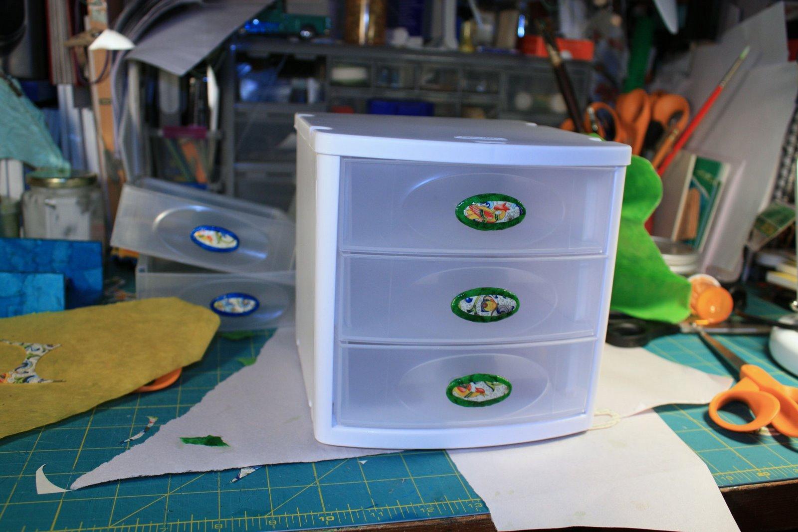 [finished-drawer2.jpg]