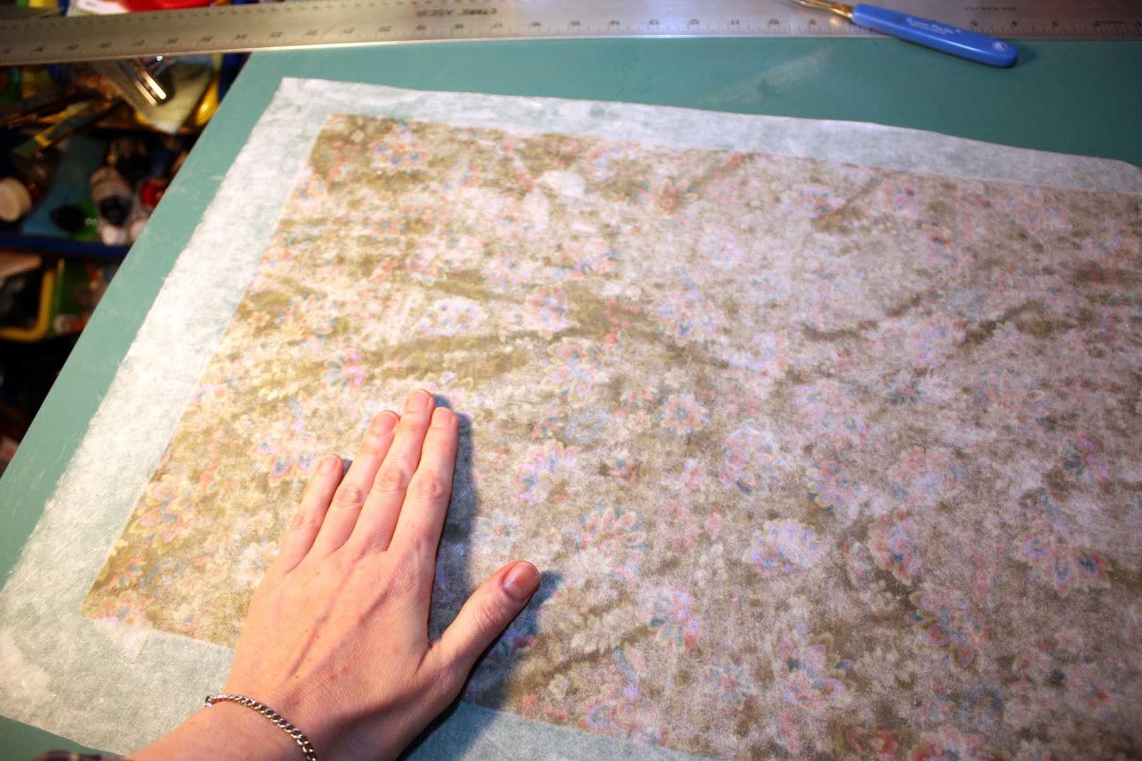 http://4.bp.blogspot.com/_93BLxeTtIgQ/TJ_yVqh0m3I/AAAAAAAAAu8/JUmZy1hWNy4/s1600/smoothing-kozo-over-cloth.jpg