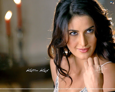 wallpaper katrina kaif in bikini. katrina kaif in ikini,