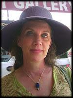 tarot card reader, professional tarot consultant