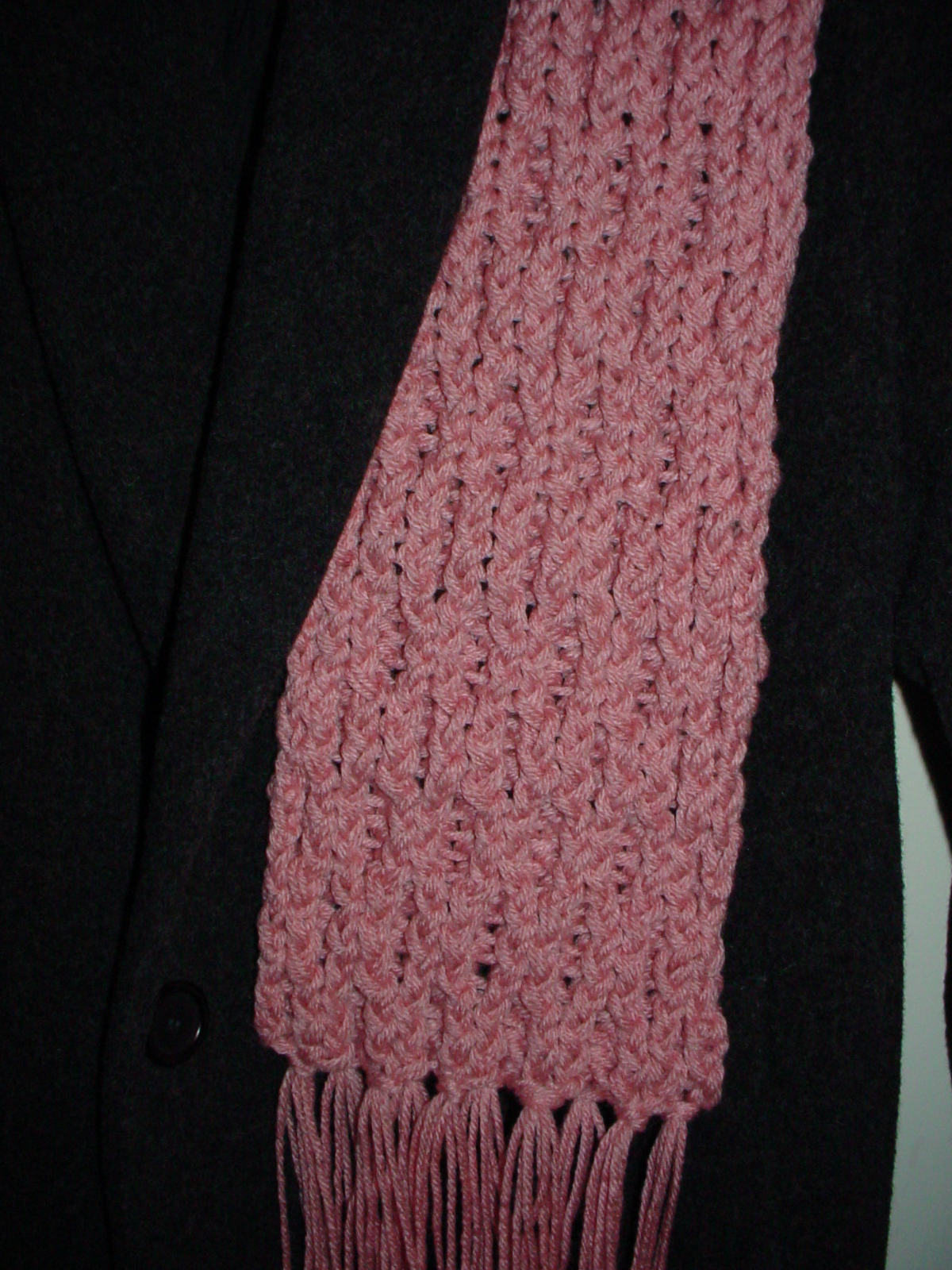 The Knifty Knitter: The Latest Knifty Knitter Project - Honeycomb Stitch Scarf