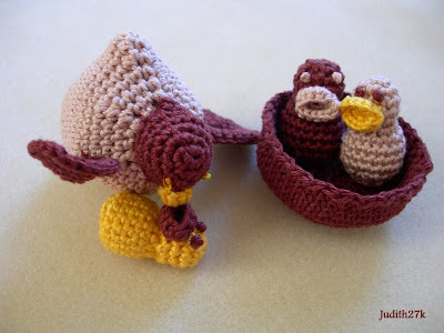 Crochet.is.Fun: Free pattern: flower amigurumi
