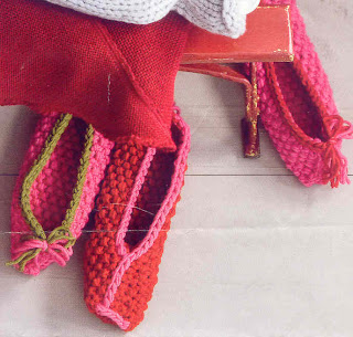 FREE KNITTING PATTERN BABY BALLET SLIPPERS   KNITTING PATTERN