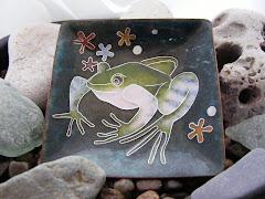 Froggy cloisonne enamel bowl