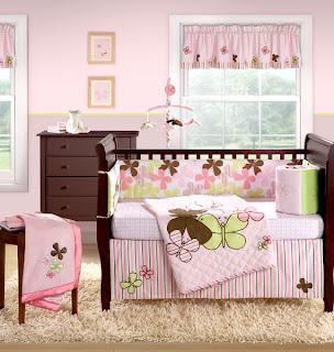 Promofever: decoração em rosa e castanho em quarto de bebé
