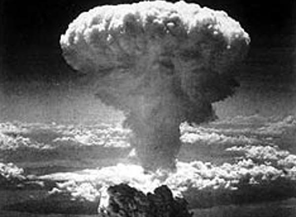 essay on the atomic bomb on hiroshima and nagasaki