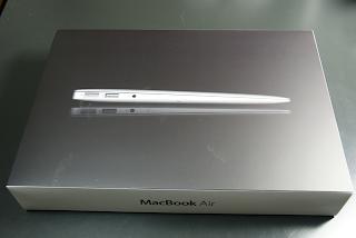 MacBook Airがやってきた