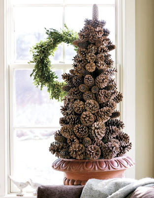 woodland style pinecone christmas tree