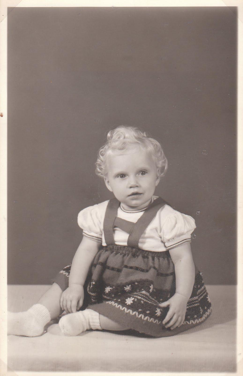 All about vintage oude foto 39 s van mezelf - Jaar oude meisje kamer foto ...