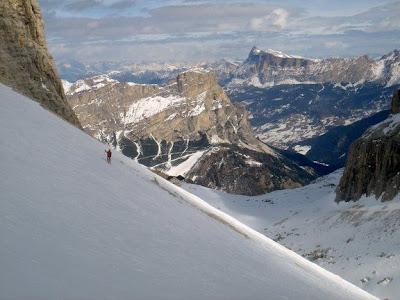 Esquiar en las Dolomitas