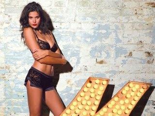 Sexy cura Jenna Pietersen download besplatne pozadine slike za mobitele
