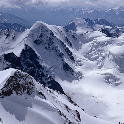 Snow mountains winter download free wallpapers for Apple iPad