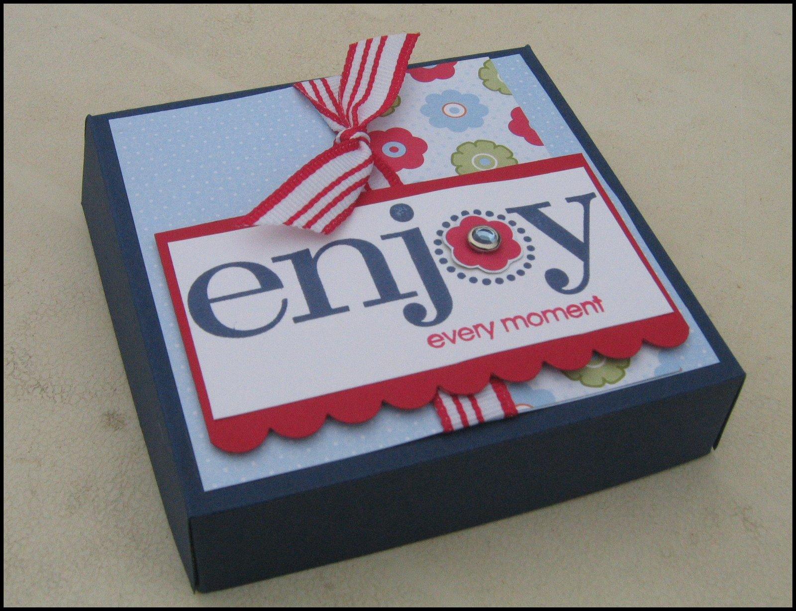 [enjoy+pizza+box]