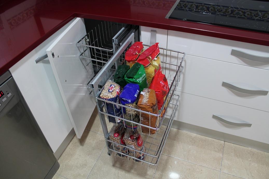 Dise o y decoraci n de cocinas noviembre 2010 for Accesorio extraible mueble cocina