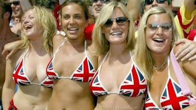 english-girls_world-cup-2010_02-440x246.