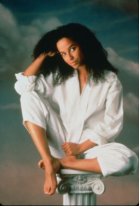 Rae Dawn Chong - Gallery Photo Colection