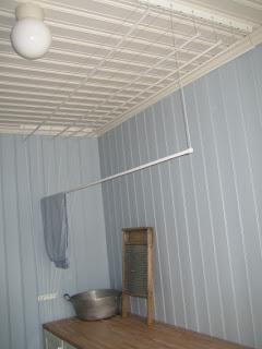 Tørkestativ vegg inne