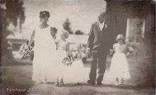 Lek med våra bröllopsbilder...