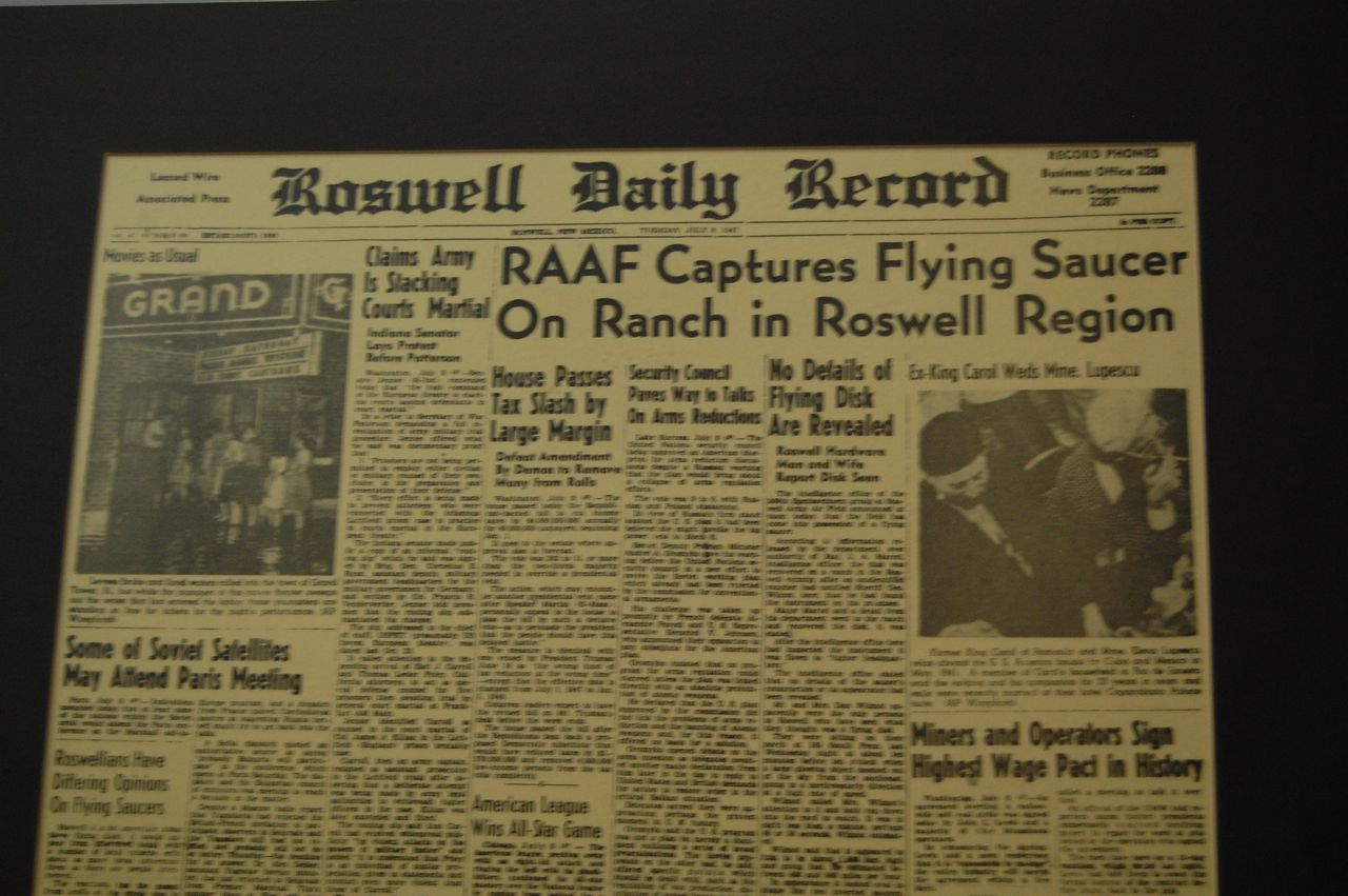 roswell incident essay Searching for roswell ufo incident essays find free roswell ufo incident essays, term papers, research papers, book reports, essay topics, college essays.