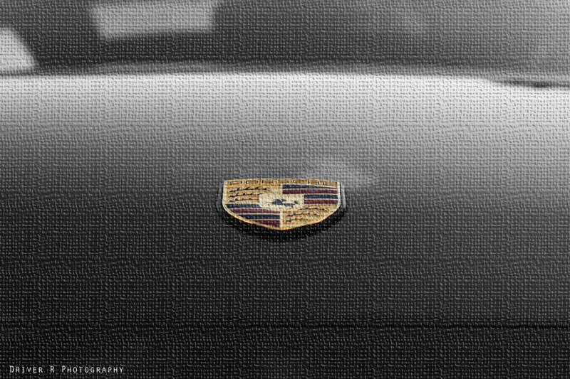http://alexamaehellkitten.blogspot.com/2014/08/porsche-logo-wallpaper-collection.html