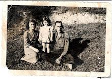 Granny, Mom & Grand-daddy Bill