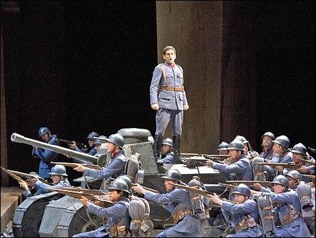 dessay florez fille du regiment The vienna state opera's production of la fille du regiment features two of today's foremost bel canto artists, soprano natalie dessay and tenor juan diego florez.