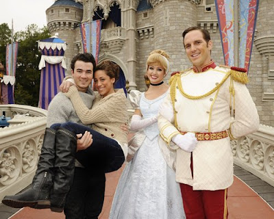 Kevin, Danielle Jonas, Hollywood couple