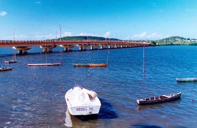 Ponte que nos liga a Ilha