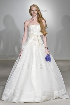 Hiving out march 2010 for Vera wang princess ball gown wedding dress