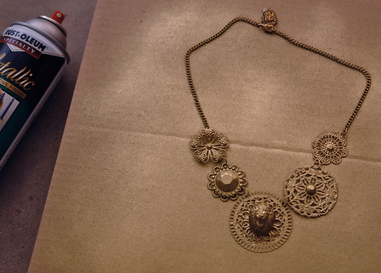 how to tell if a necklace is gold