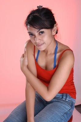 Masayu Anastasia telanjang
