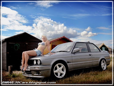 BMW E30 and girl