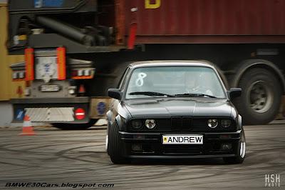 black E30 335