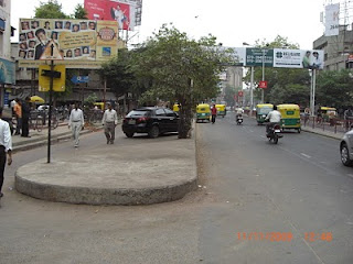 Ahmedabad threatens demolition of shops 'encroaching' on parking space