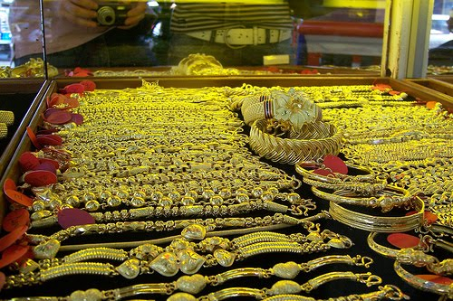 Thailand smile land yaowarat china town of thailand for Heng kunthea jewelry shop