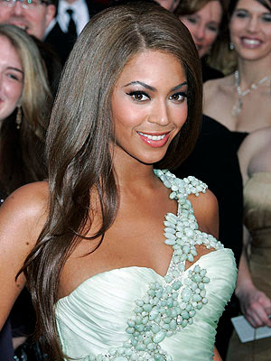 Project Runway All-Star Sues Over Beyoncé's Tour Togs E! Online - Gina Serpe, Whitney English - ‎11 hours ago‎ Beyoncé's I Am… extravaganza is a tour de force. It also just became a tour de fierce. Project Runway all-star Chris March, he of the outlandish costume ...