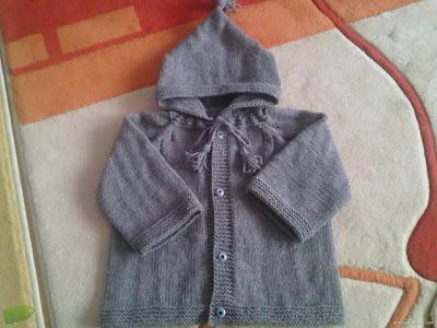gri+bebek+kap%25C5%259Fonlu Bebek Kapşonlu Hırka Modelleri