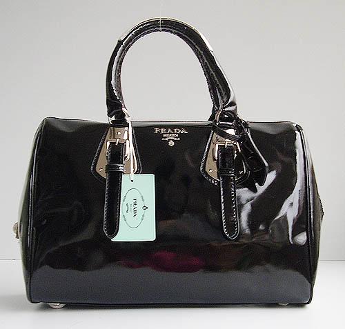 Женские сумки из лаковой кожи купить в Москве и