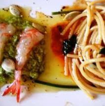 Spaghetti alla sugosità di gambero rosso Siciliano e pesto di tenero di zucchina