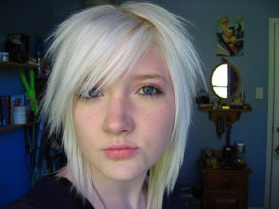Blonde emo hairstyle: short than shoulder