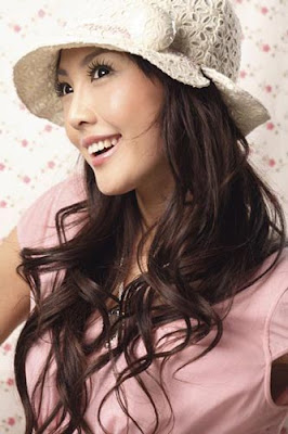 cute asian hair style -http://long-hairstyle.blogspot.com/