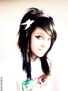 Hairstyles for Men and Women: Emo girl Jessi's pictures Sexy hot
