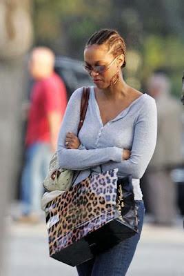 Tyra Banks haircuts