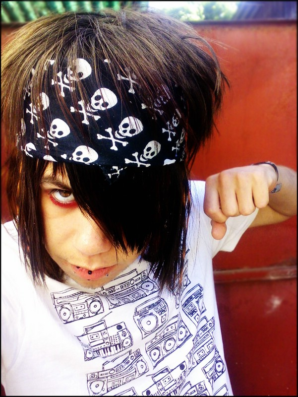 Where to find emo hairstyles picture