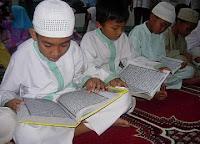 Foto Anak Membaca Al Quran Gambar Tips Belajar Al Quran