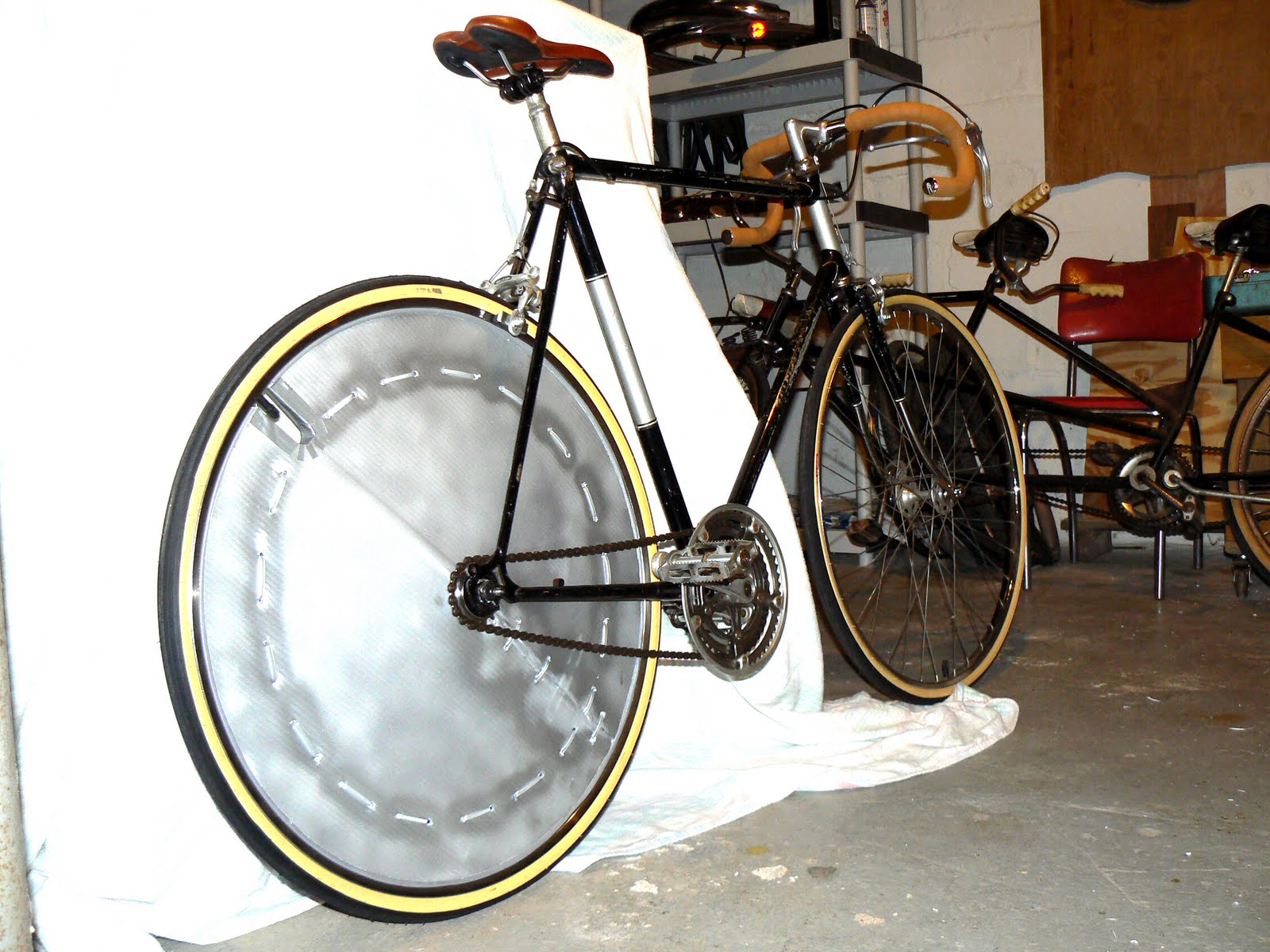 DIY 4 Wheel Bike http://syracusebicycleworks.blogspot.com/2010/11/homemade-disc-wheels.html